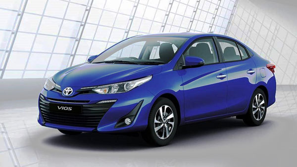 New 2018 Toyota Yaris Sedan HD Photos