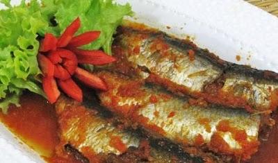 Cara Membuat Sarden Ikan Saus Tomat Pedas Spesial