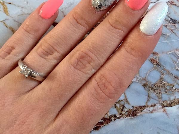 NOTD: Summer Coral & Smashed Glitter