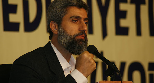 Alparslan Kuytul'un Osmanlı'ya ve padişahlığa dair yorumları da, ilim fukarası olduğunu gösteriyor. | Mehmet Fahri Sertkaya anlatıyor...