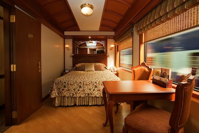 ट्रेन नहीं ये है पटरी पर दौड़ता राजसी आलिशान महल