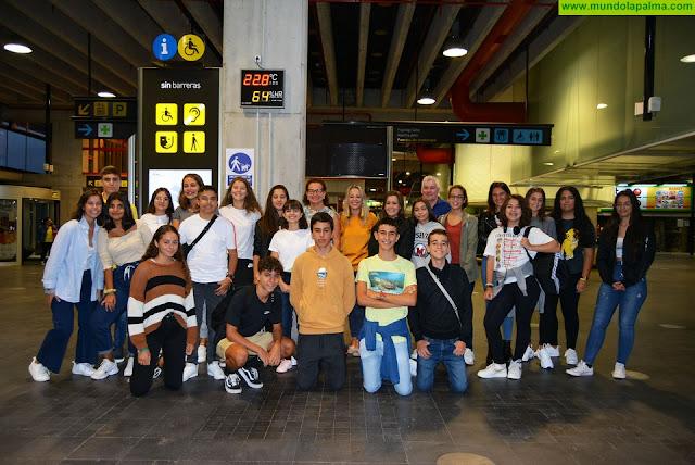 Un total de 26 jóvenes mejoran sus conocimientos en idiomas gracias a las becas de inmersión lingüística del Cabildo