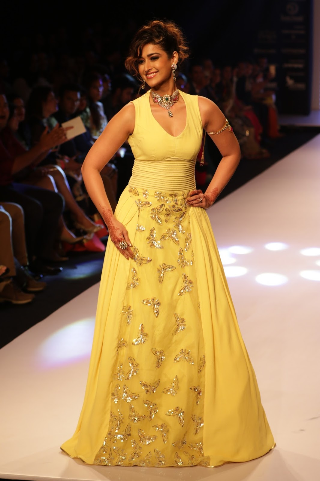 Ileana Ramp Walk Stills at IIJW 2015-HQ-Photo-3
