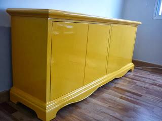 laqueação aparador amarelo  P.U