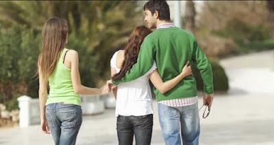 6 Hal yang Anda Rasakan saat Jatuh Cinta Sama Orang yang Sudah Memiliki Kekasih
