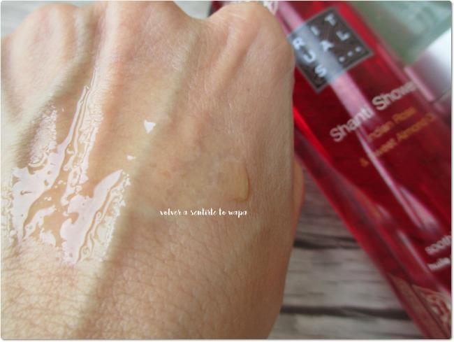 Shanti Shower aceite de ducha de Rituals - Indian Rose & Sweet Almond Oil