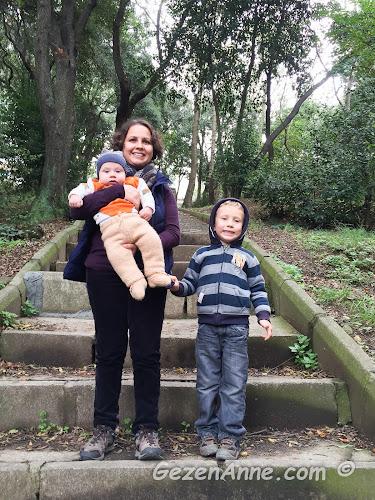 minik bebeğim ve oğlumla Fethi Paşa korusunda, Üsküdar İstanbul