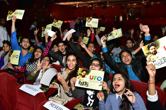 UFO Moviez's 'Curtain Raiser' Platform Leveraged by Shah Rukh Khan To Launch Raees Trailer Live on Big Screen Amidst Fans