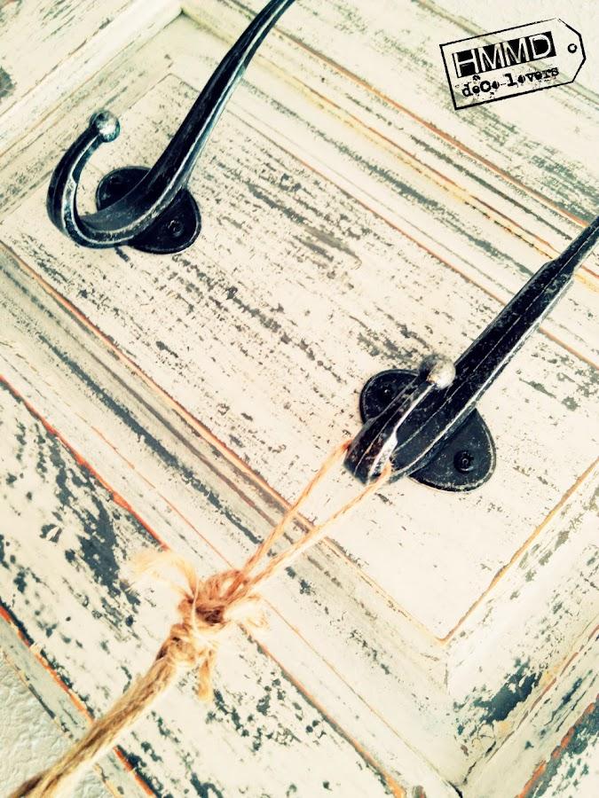 Perchero vintage de madera con ventana decapada, romántico coat hanger old wood with stripping window, romantic, handmademaniadecor, HMMD