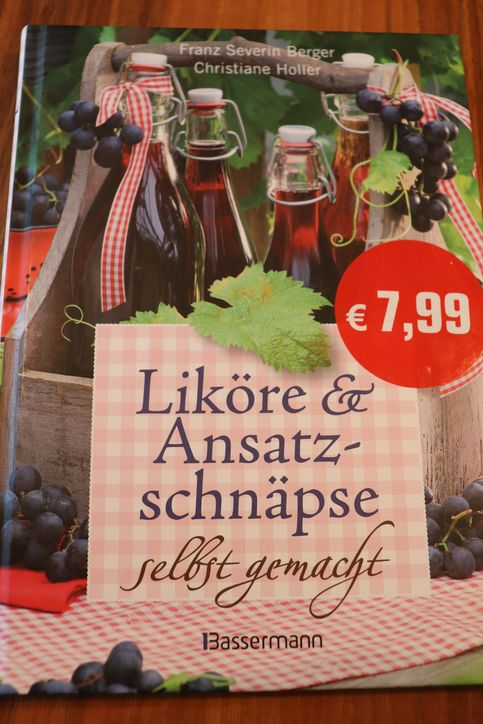 Buchvorstellung-Liköre-und-Ansatzschnäpse-selbst-gemacht-Steiermarkgarten