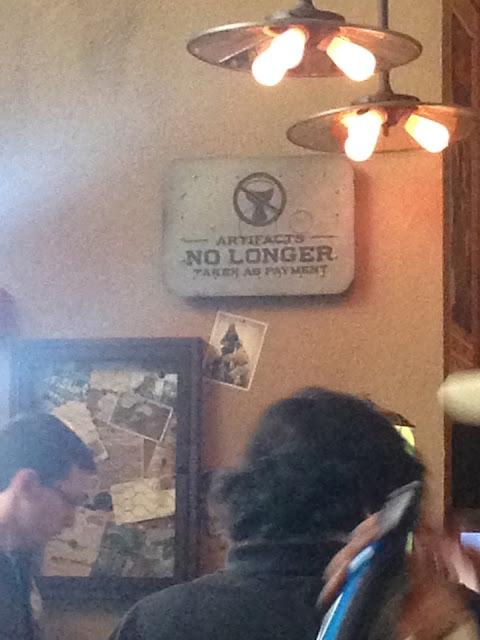Jock Lindsey's Hangar Bar