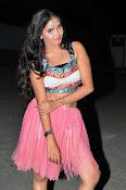 Shreya vyas new sizzling pics-thumbnail-14