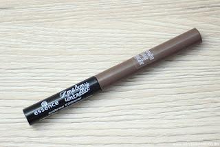 Review: essence - me & my umbrella - Augenbrauenpuder - Augenbrauen auffüllen in Sekunden! - www.annitschkasblog.de