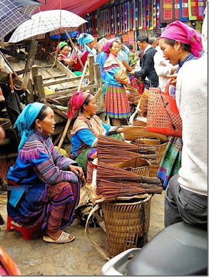 Sapa Bac Ha market - a famous highland market in the Northwest region