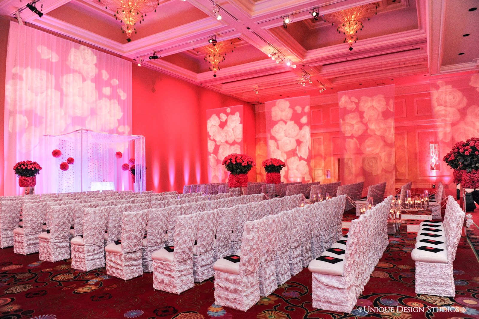 Wedding Ceremony Design Decor Of Platinum Roses Bling By Tiffany Cook For This Destination At The Encore Las Vegas Dream