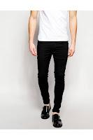 Siyah pantolon kombini