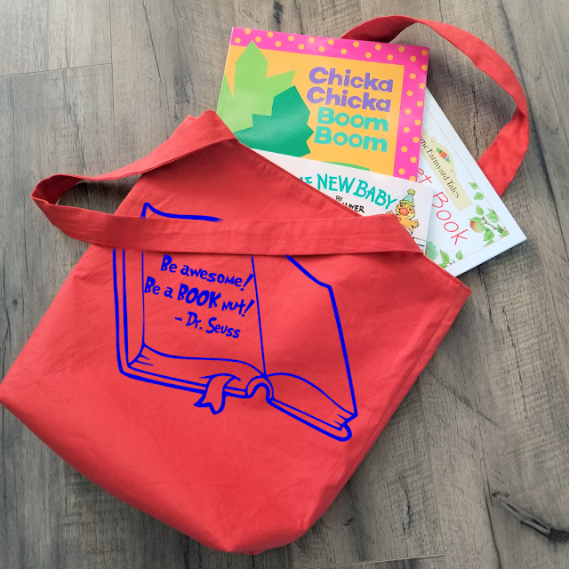 Simple DIY reversible book bag pattern.  Perfect for taking to the library, school or park.  Great pattern for the sewing beginner.