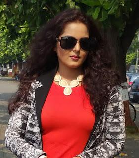 Anjana singh modern look