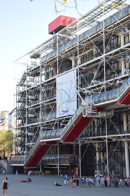 Paryż w pigułce #1 - Centre Pompidou - zdjęcie 1 - Francuski przy kawie