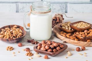 Yuk Mengenal Lebih Jauh Sari Nabati, Cairan Sehat yang Kerap Dimaksud dengan Susu Kacang