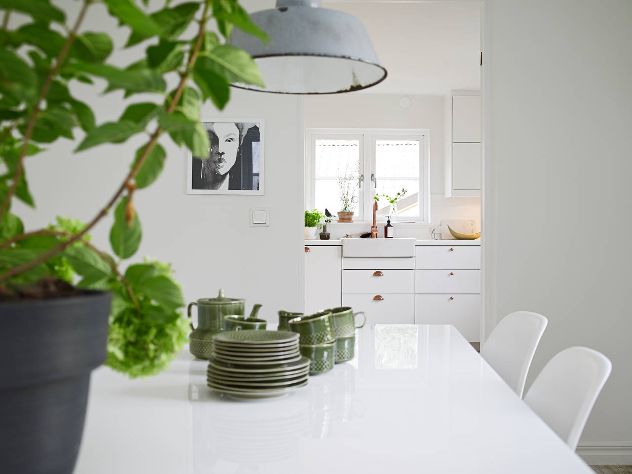 white with contrasts la maison d 39 anna g bloglovin. Black Bedroom Furniture Sets. Home Design Ideas