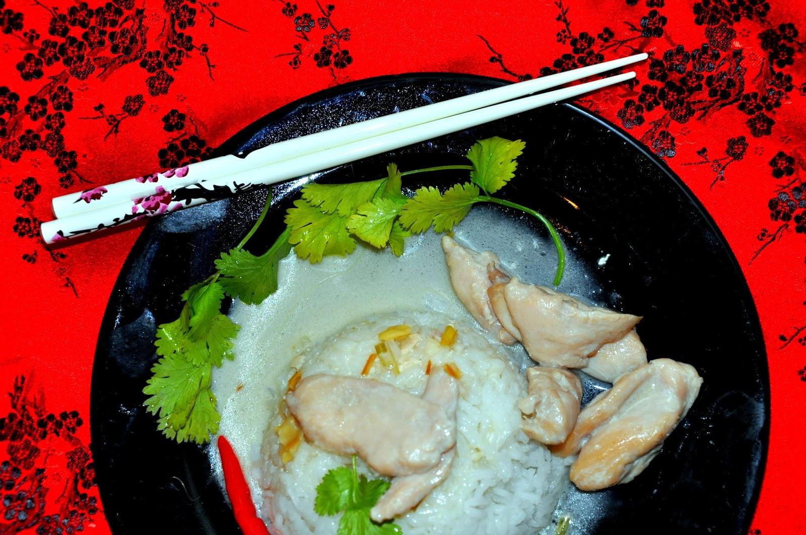 White And Red Onions Wietnam Na Pałeczkach Ga Xao Sa Ot
