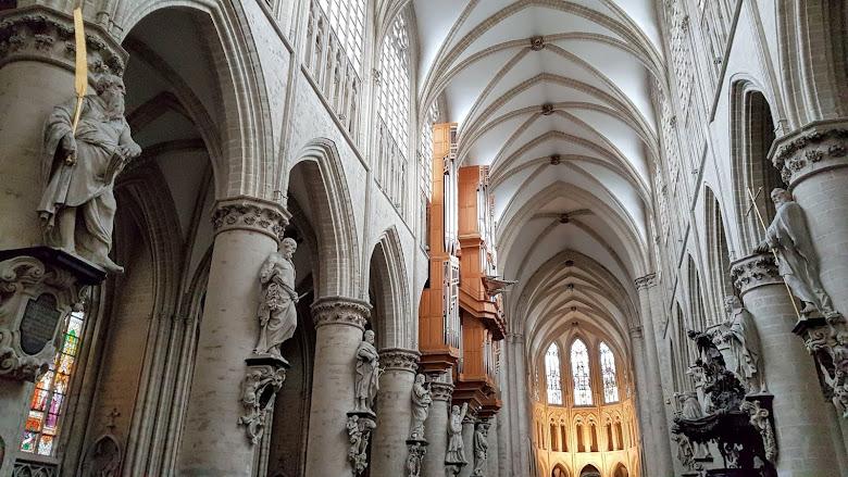 聖古德勒大教堂 (St Gudula Cathedral)