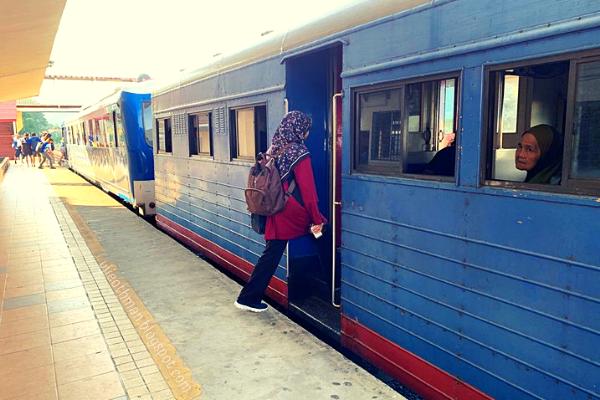 keretapi dari beaufort ke tenom