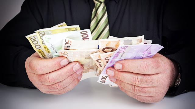 Αυξηση εσόδων στους Δήμους από παράβολα επιχειρήσεων