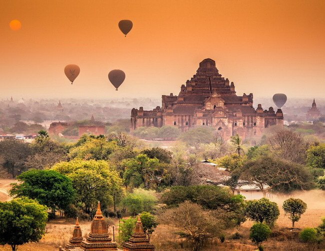 Xvlor Old Bagan is city of thousand pagodas built by prosperous Pagan Empire