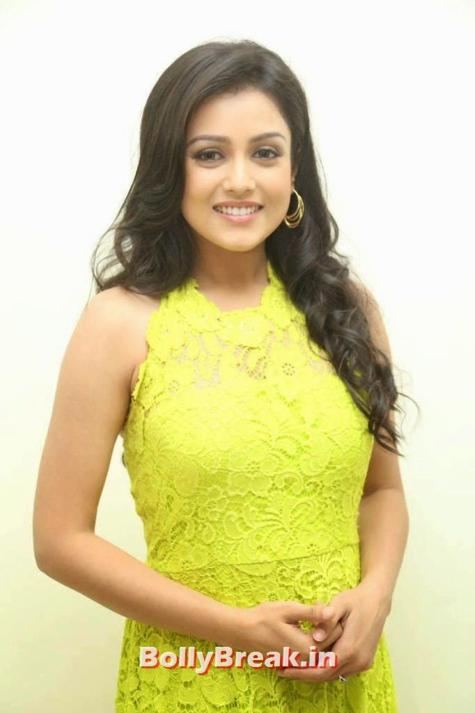Actress Mishti Chakraborty Wallpapers, Mishti Chakraborty hot Hd Images in Green Dress