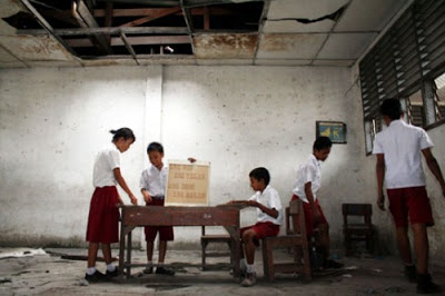 https://www.gurusmp.co.id/2015/12/tak-perlu-proposal-ini-cara-sekolah.html