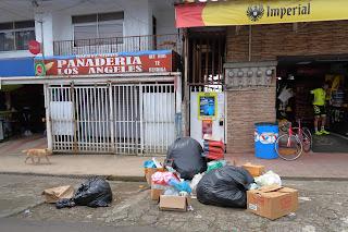 Garbage day in Santiago de Puriscal.