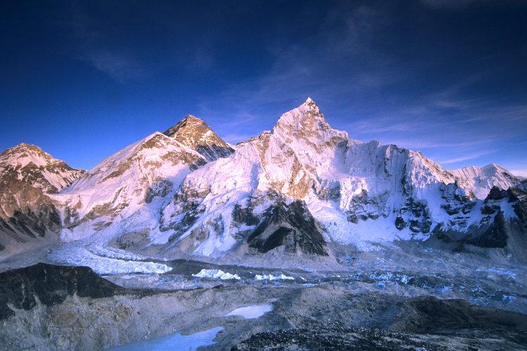 Everest Base Camp, Lokasi Terindah di Nepal