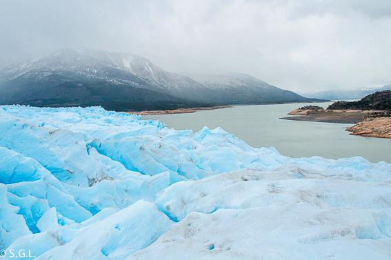 Minitrekking por el Perito Moreno. Argentina