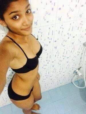 Indian girl nude in bathroom — pic 6