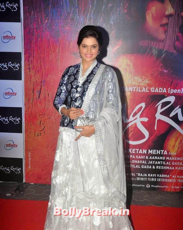 Tripta Parashar, Photos from 'Rang Rasiya' Premier