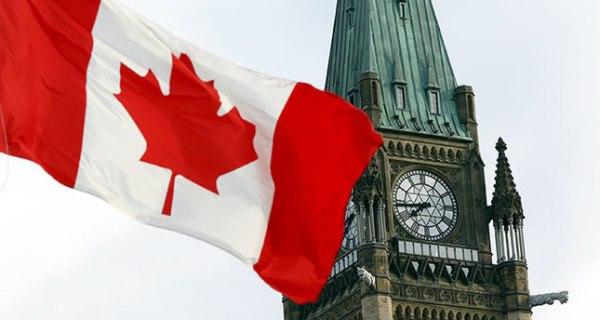 شركة سيارات كندية تطرد موظفة أهانت السوريين بكلمات نابية ؟(فيديو)