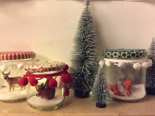 Weihnachtsdeko im Glas