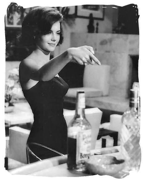 Glamour Begins At Home: Natalie Wood  Glamour Begins ...