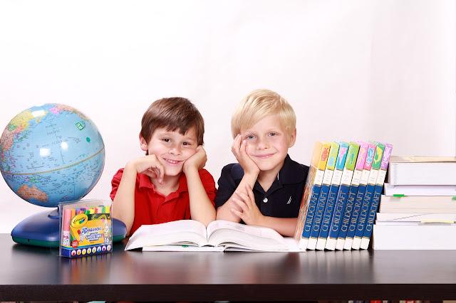 لماذا الأطفال هم الأكثر عرضة للإصابة بالقمل مقارنة بالبالغين ؟