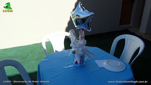 Decoração infantil - Aurora - Toalhas e enfeites para as mesa dos convidados