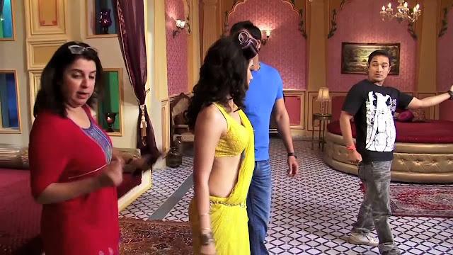 In Saree Tamanna In Himmatwala: INDIAN ACTRESS: Tamanna Bhatia Latest Bollywood Movie