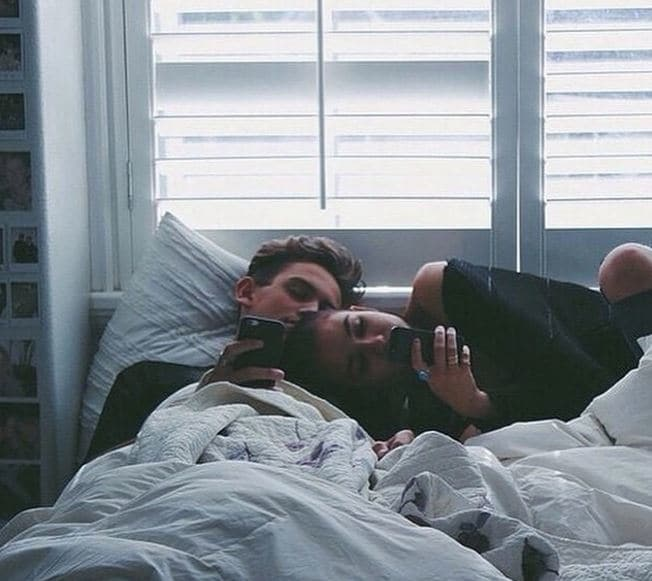 Here's Why The Happiest Couples Post Less On Social Media
