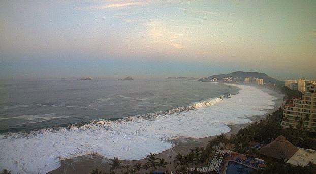 Video: Mar de fondo sacude la costa oeste de México Oleaje