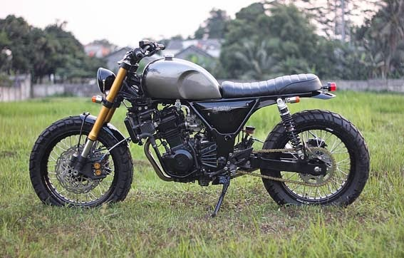 MODIFIKASI KAWASAKI NINJA 250 : THE SECOND BLUSTER