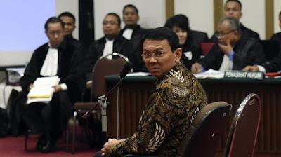 Hakim Heran Dosen Bahasa Inggris Kok Jadi Saksi Ahok