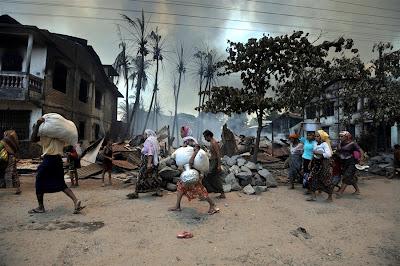 Image result for gambar rohingya dibunuh