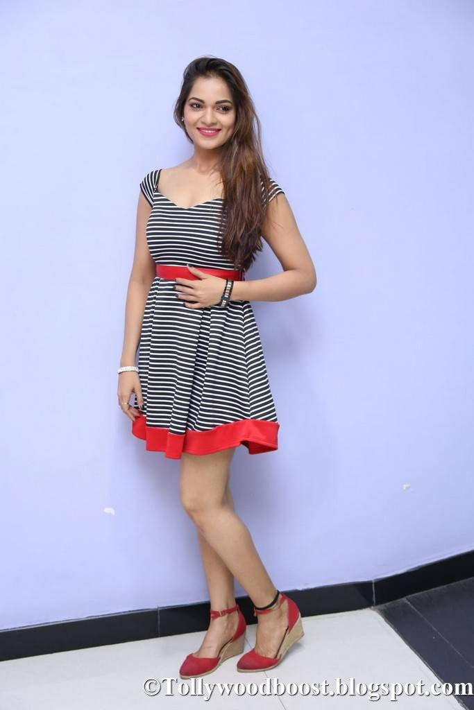 Telugu Girl Ashwini Long Legs Thighs Show In Mini Black Dress
