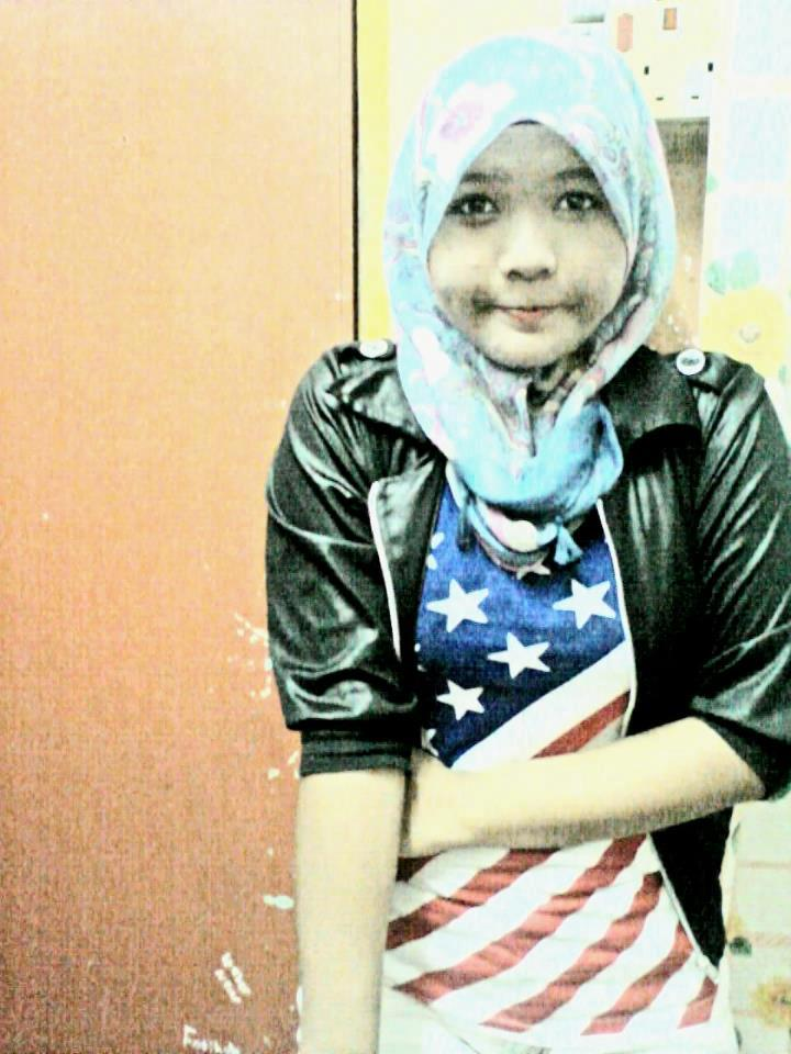 Malay awek tudung putih baju kurung